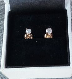 Gold earrings with diamonds * no reserve *