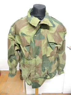 English/Belgian military para jacket, 1956