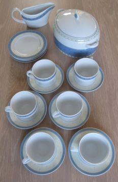 "Wedgwood, Fine Bone China servies - ""Capri"" decor - 18 items"