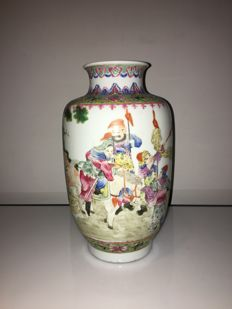 Chinese family rose  porcelain vase   circa 1920