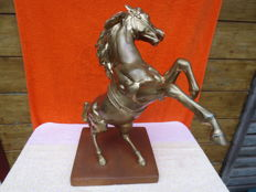Large size prancing and snorting horse - copper and tin alloy on earthenware foot - 20th century