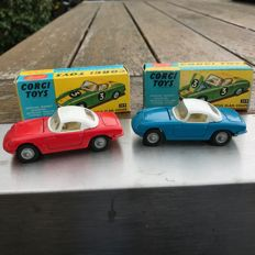 Corgi Toys - Scale 1/40 - Lot with 2 x Lotus Elan Coupe No.319