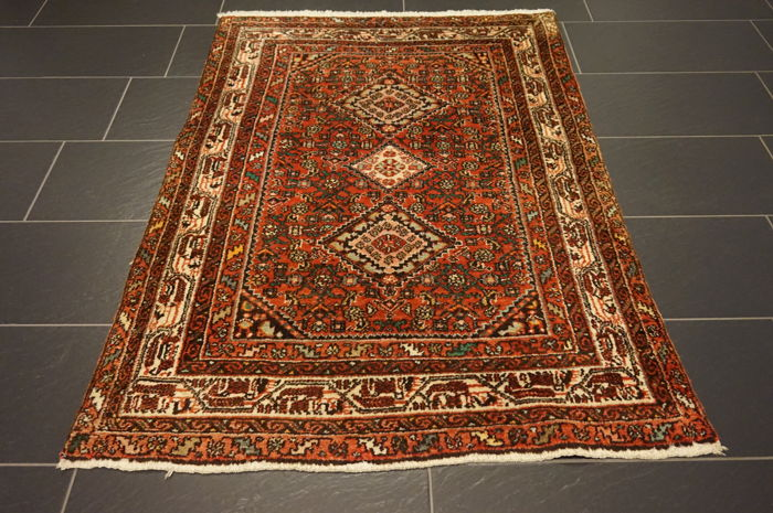 Persian carpet Malayer Hamadan 110 x 155 cm natural dyes Made in Iran