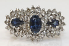 White gold ring with natural sapphires 1.50 ct and diamonds 1.50 ct - ring size 56 / 17.8 mm - no reserve price