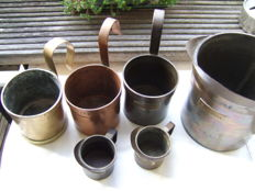 Lot of 6 Dutch liquid measuring cups - brass and metal - period 1867-1949