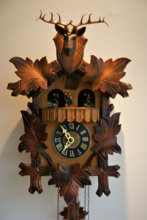 Austria Cuckoo clock with Swiss music carousel of cuendet ..donau walz