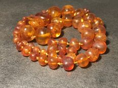 Vintage Baltic Amber necklace natural Amber hand carved, ca. 1920s - 1940's, 68.1 grams