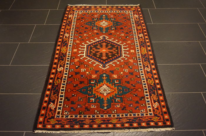 Rare antique Persian carpet Heriz Karadja plant dyes 100 x 170 cm