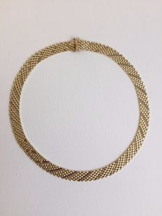 Necklace in 14 kt gold