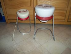 The famous Grolsch table and Grolsch light in the shape of a flip top - in very good condition.
