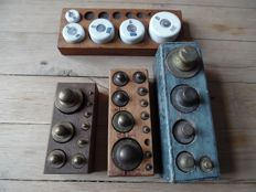 Lot of 4 weights boxes - 19th and 20th century