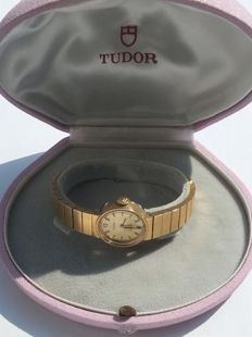 Tudor - 610331 - 9560 - Women - Period: 1970–1979.