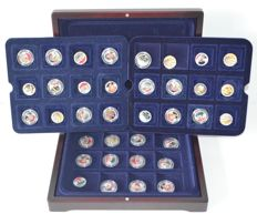 Europe - 2 Euro coins with coloured enamel and gold-plated (36 pieces)