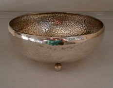 Silver plated bowl with craquelure inside
