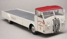 Autocult - Scale 1/43 - Jensen Autotransporter K&R Walsh Bros Manchester - Limited Edition of 333 pieces