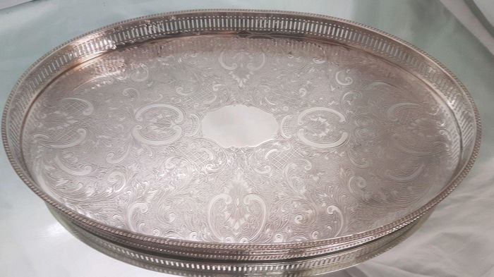 Silver plated tray with openwork border and incisions