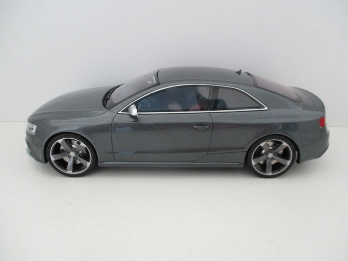 GT-Spirit - Scale 1/18 - Audi RS5 Coupe - Daytona Grey Metallic - Limited 1000 pieces