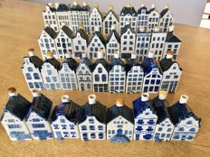 36 original Delft Blue KLM Houses