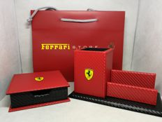 Ferrari - Official Products - Desk catchall (20 x 11 x 10 cm) and notebook holder (12 x 12 x 4 cm) - 2015