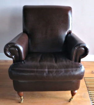 Designer unknown - classic English comfortable lounge chair, ca. 2007, England