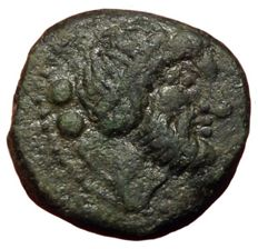 Greek Antiquity - Northern Lucania, Paestum, 2nd Punic War c. 218-201 BC - Æ Sextans (Bronze, 17,5mm, 5,61g.) - Head / Dolphin - Rutter Historia Numorum Italy 1187; Crawford 4/1 - Rare