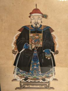 Painting of a person. hand made on paper in a frame - China - 19th century
