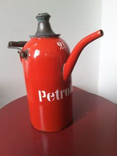 Petroleum can enamel red 2 litres