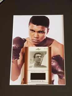 Muhammad Ali (RIP) - Limited Edition Framed original event worn piece of clothes incl. Leaf COA