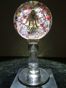 Beautiful religious object made of glass containing a Mary figure - France - ca. 1875