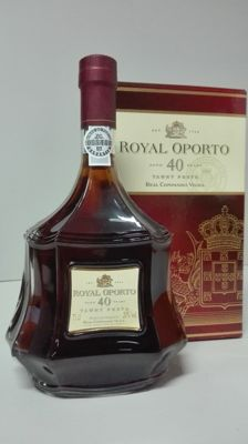 40 years old Tawny Port Royal Oporto - bottled in 2010