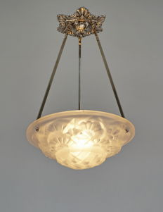 Degué - Art Deco chandelier - nickel plated bronze and moulded glass