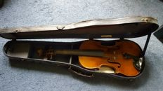 Boosey and hawks ltd London violin