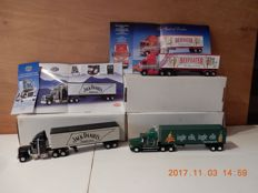 Dinky-Matchbox - Scale  1/55- 1/58  - Lot with 3 models: KS187SA, KS189SA & KS190SA Freightliner 2x and Peterbilt