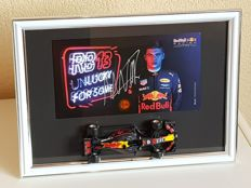 Max Verstappen - hand-autographed official RB factory card + 1:32 Limited edition model car Red Bull Racing Tag Heuer RB13 + COA