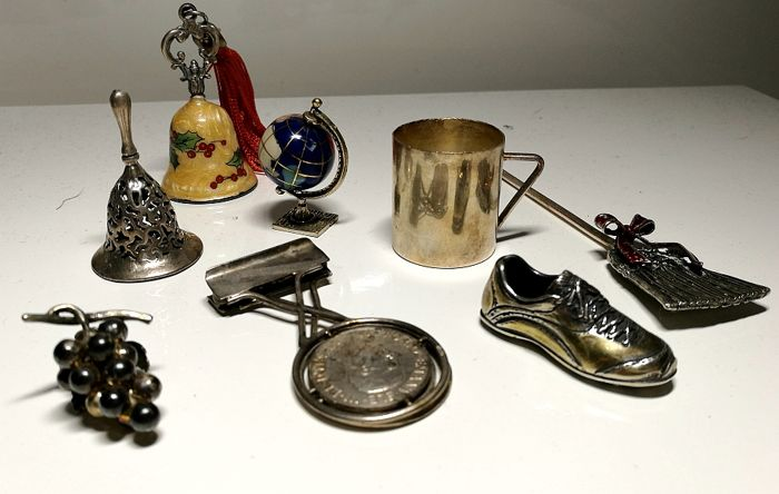 Lot of Eight Silver Items Italy, 20th century