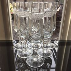 Lot consisting of 6 finely crafted crystal champagne flutes