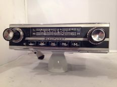 Blaupunkt Hamburg classic car radio from the 1960s for Porsche / BMW / Volkswagen / Mercedes.