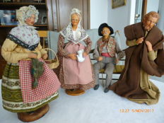 Lot of 4 large dressed Christmas crib figurines