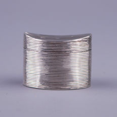 Antique silver ribbed sniff box, The Netherlands, 1822