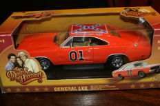 Johnny Lightning - Scale 1/18 - Dukes Of Hazzards General Lee Charger