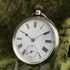 Silver crown winding pocket watch with enamel dial - circa 1900