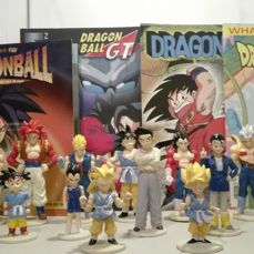 Big lot of dragon ball action figur,book and stikers