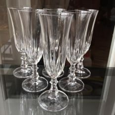 6 champagne flutes made of hand-cut crystal