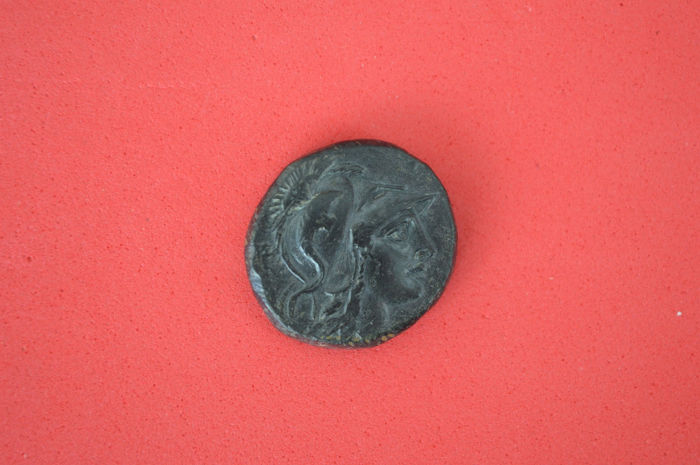 Ancient Greece - Mysia  Pergamon AE21 mm, circa 200-133 - Athena/Tropaion