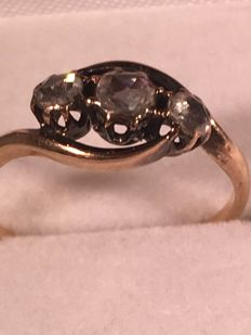 three stone rose diamond ring