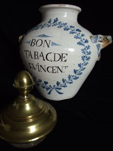 beautiful and rare early 18th century st.vincent tobacco jar.