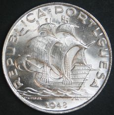 Portugal Republic - 5 Escudos 1948 - Silver