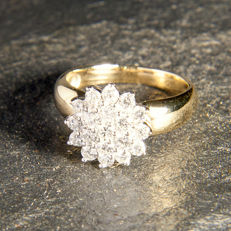 Unique Ice Cluster with c 0,78 ct Diamonds – 18 k 750 Gold – RS 53 / 17mm ∅ /  US 7