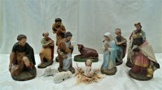 11 large Nativity scene figurines, Mary, Joseph, Jesus, shepherds and the three kings
