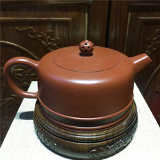 "Yixing teapots,  maker name is ""Lu Xiao Wei"" - China - 21st century"